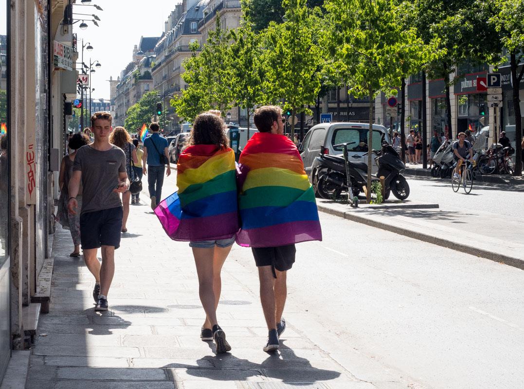 parada równości paryż