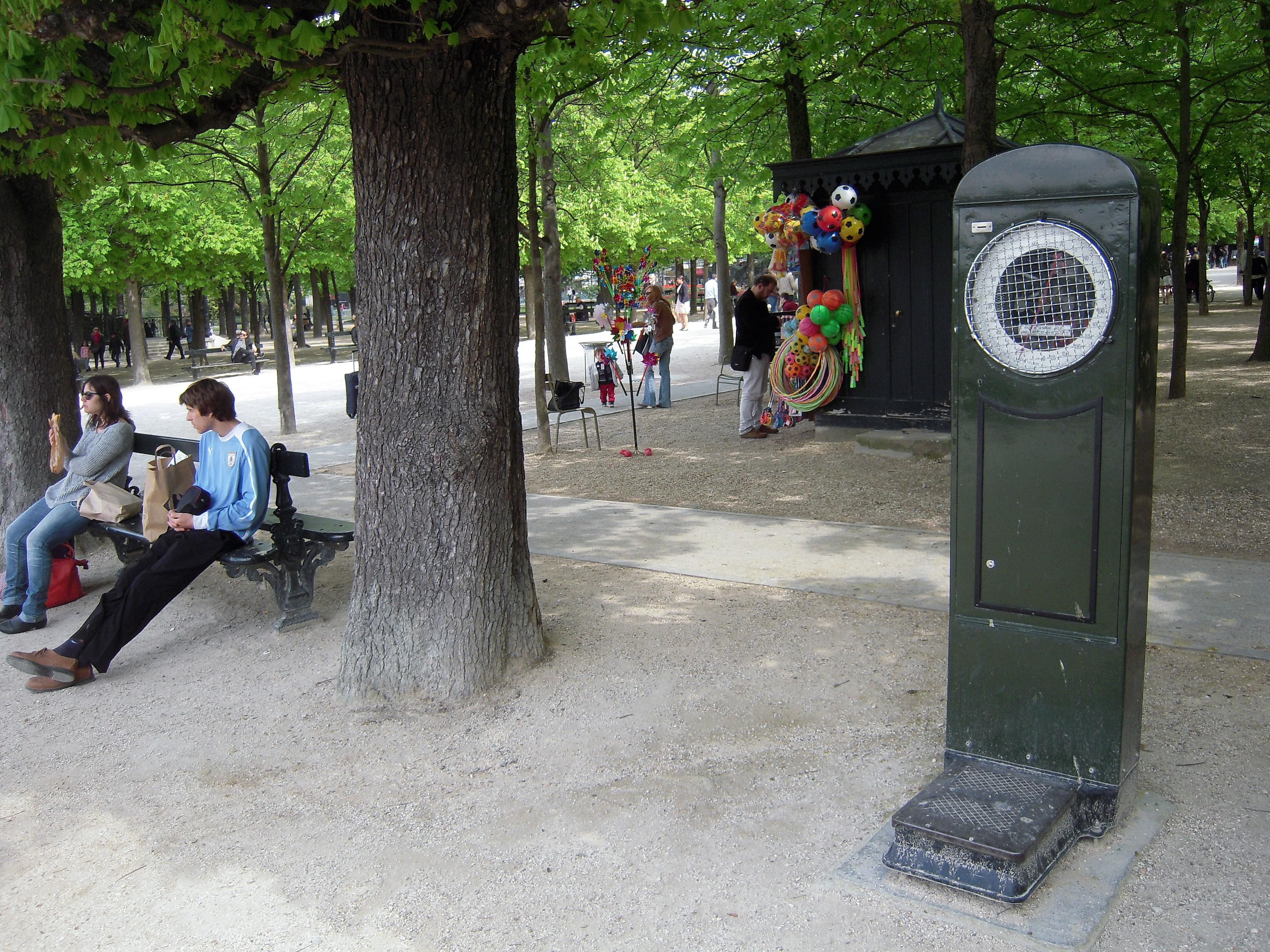 waga w paryżu