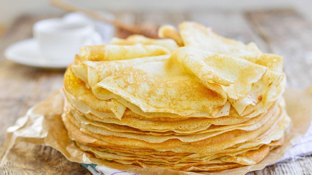 Najlepszy przepis na naleśniki crêpes oraz co to jest Chandeleur