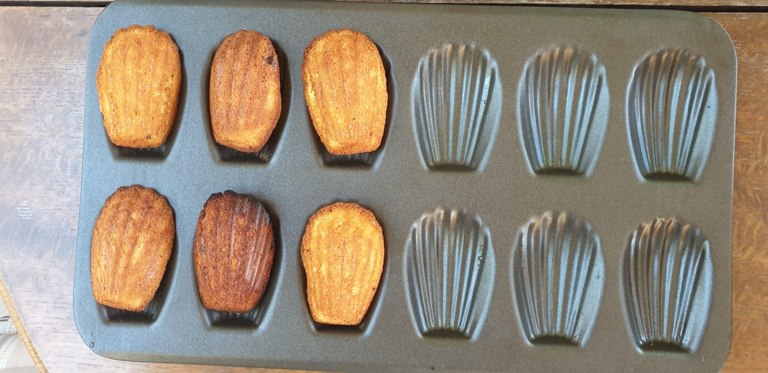 prosty przepis francuski deser ciasteczka madleine