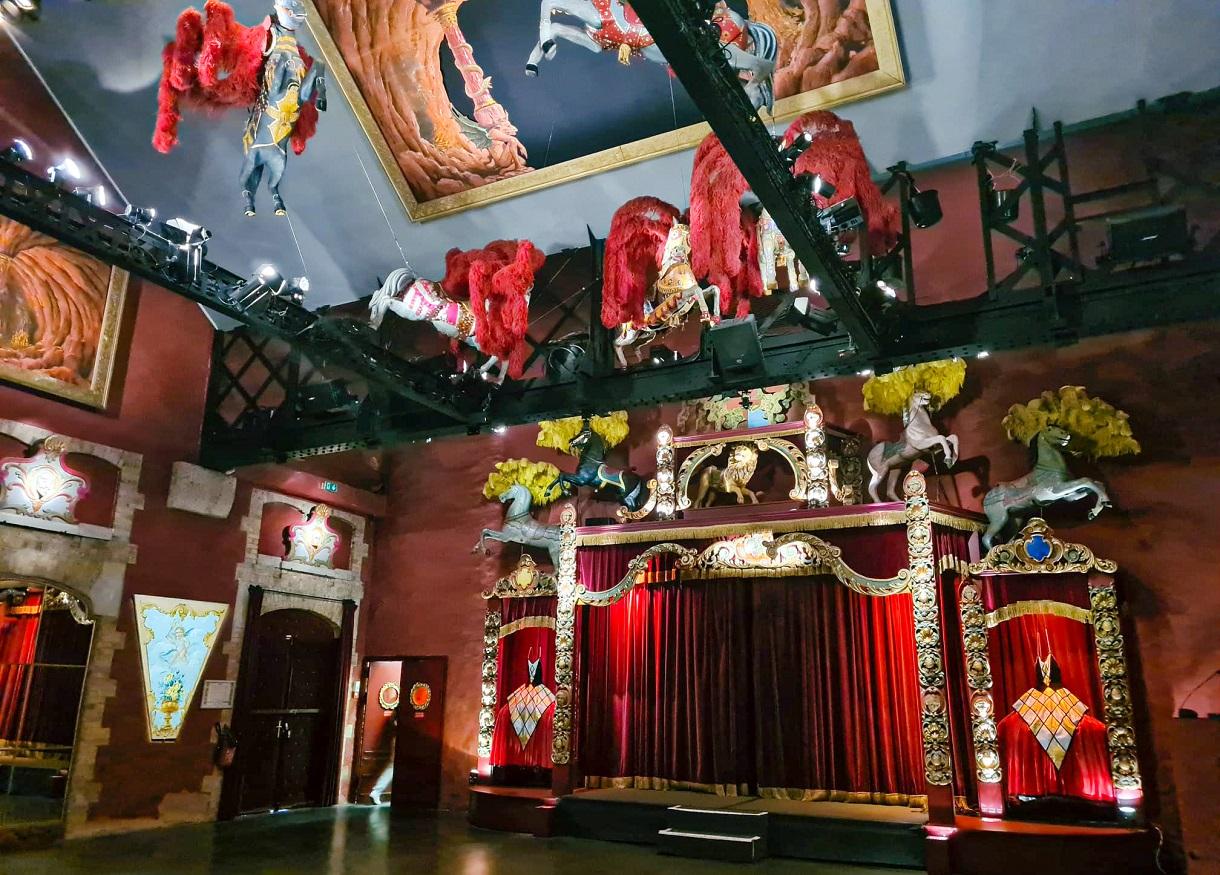 paryż muzeum sztuki jarmarków